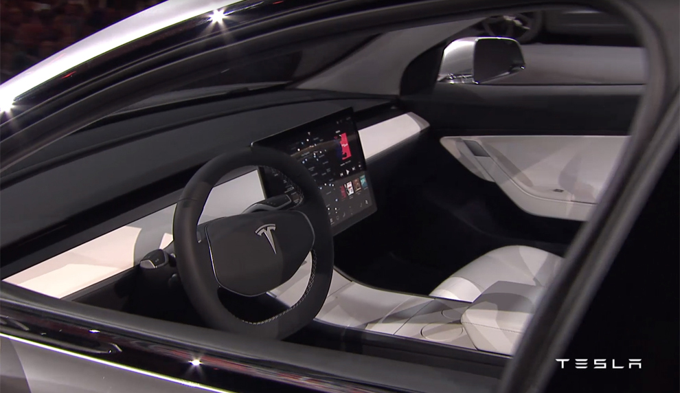 As es el nuevo tesla model 3 cambiar la historia for Tesla model 3 interieur